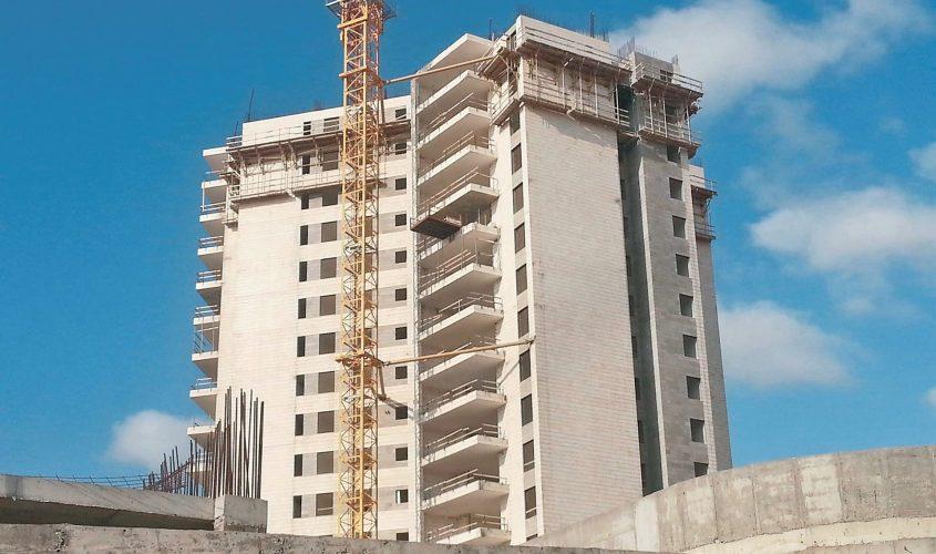 בניין בבנייה באשדוד. צילום: דור גפני