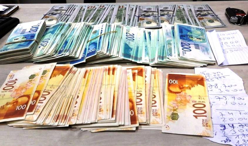 שטרות כסף. צילום ארכיון: דוברות המשטרה